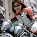 街で見かけた大きなバイクを乗りこなすムラムラってくる女性バイカーは男を乗りこなすのも上手かった