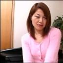 欲求不満すぎて乱れまくりの美乳人妻 - 赤坂順子の画像