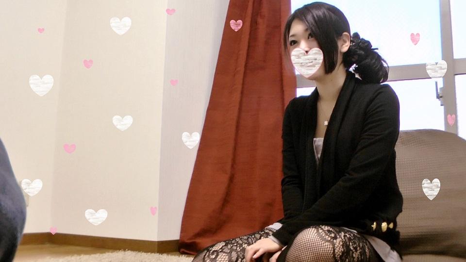 【個人撮影】限定版4 21歳可愛い女の子の網タイツをずらして生マンコに擦り付け!【素人ナンパ】