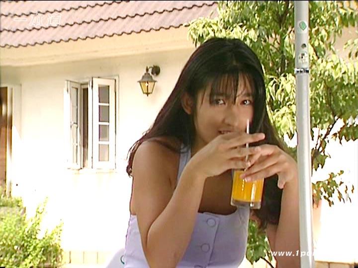 [nkkd00035]去年中途採用で再就職したウチの妻が、先日、「社員研修」とやらで、一泊二日で出かけていったのです。泥酔MTGNTR 妻の会社の飲み会ビデオ5 中途採用社員研修編をお探しの方へのススメ動画 No2