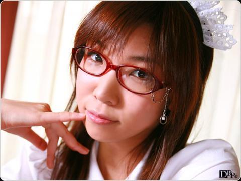 【平川小雪】どスケベメイドは眼鏡っ子
