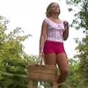 公園でオナニーしてたら見られちゃったかもしれない Emma Heart【金髪天国(金8天国)】エマ ハート