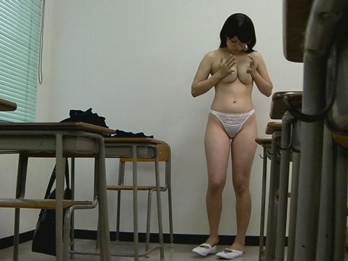 素人:スクール水着着替え盗撮6【盗撮道】