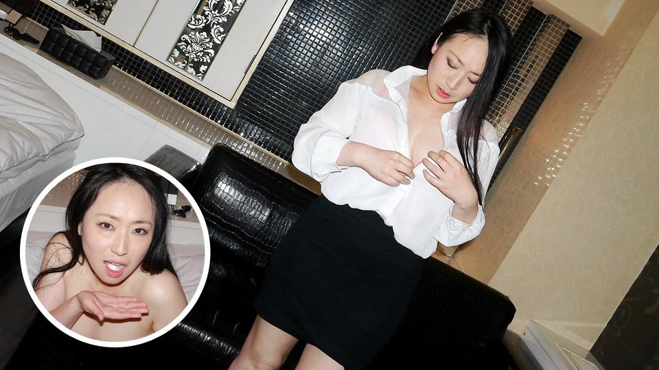 ごっくんする人妻たち93 〜ムッチリ巨乳の黒髪熟女〜:ムラムラってくる素人のサイトを作りました